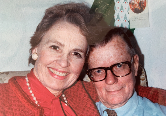 Joann and Arthur Rasmussen smiling